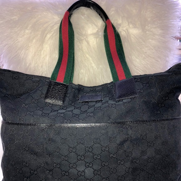 75792f2c3332e4 GUCCI Handbags - SALE! Authentic GUCCI black GG canvas tote! ❤ 💚🖤